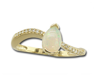 Opal is the Perfect Fall Birthstone Australian-Opal-and-Diamond-Ring-2