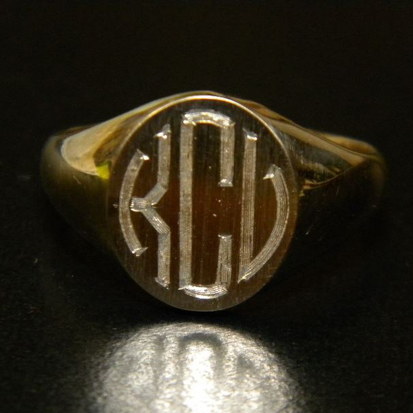 Hand Engraved Signet Ring Custom85-88