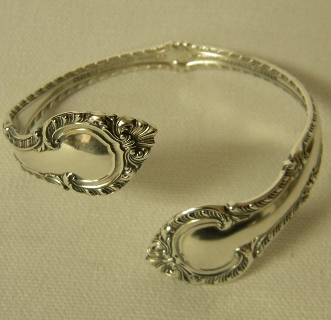 Grandmas Treasured Silverware becomes a Familys Jewelry Set Spoon Bracelet-6